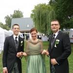 gleich 2 Bräutigams